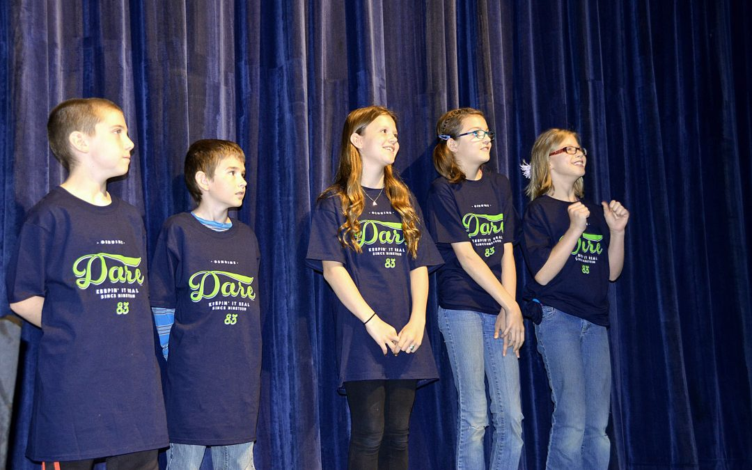 182 Students Graduate from D.A.R.E. in Craig