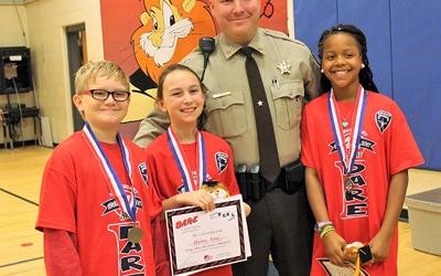 Dallas Elementary's D.A.R.E Graduates