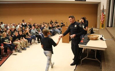 D.A.R.E. Graduates Learn About the Big Impact of Little Decisions