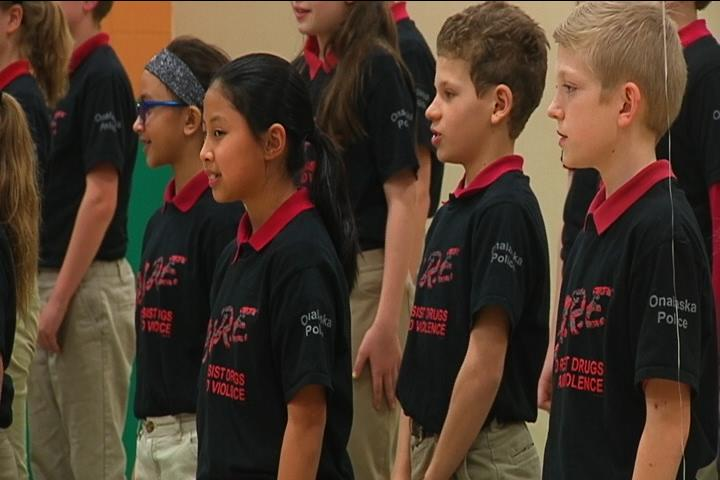 Fifth Graders Commit to Living Drug and Alcohol Free