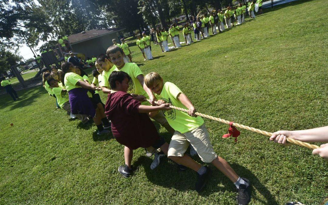 Students Celebrate Unity with Day at Park