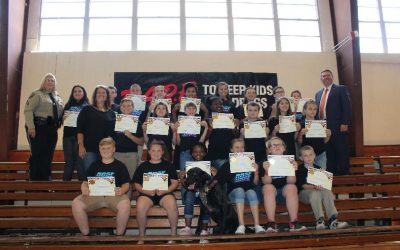 Verda Elementary Students D.A.R.E. Program a Success