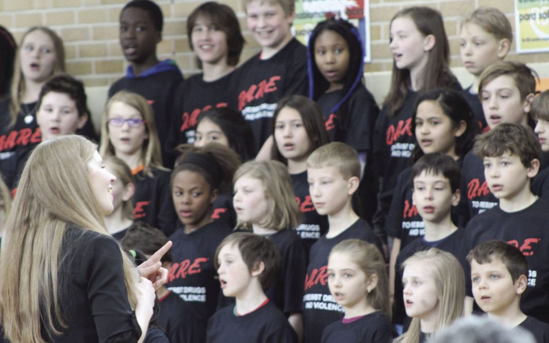 Spanish Immersion School fifth graders graduate from D.A.R.E. program