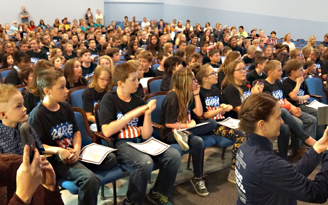D.A.R.E. Program Graduates More Than 170 Craig Students