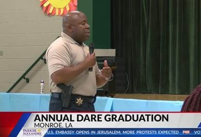 Graduation Held for Elementary Students who D.A.R.E. to be Different
