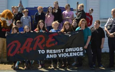 Whitbourne Elementary Students Accept 'D.A.R.E.' to Overcome Peer Pressure