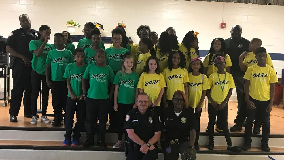 50 Students Graduate from Yemassee D.A.R.E. Program