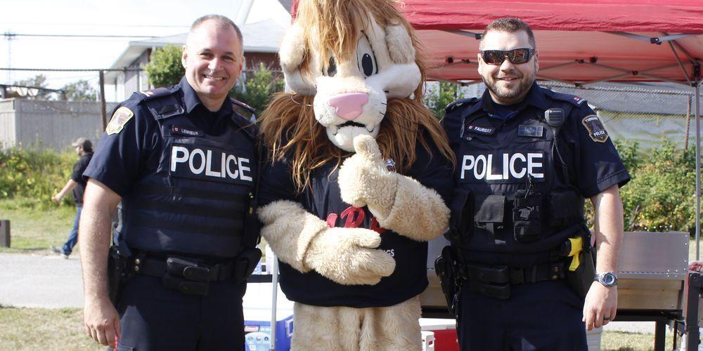 Event Helps Bridge Gaps Between Kids and Police