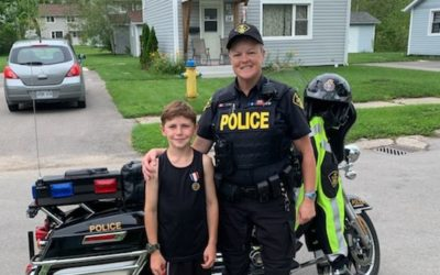 """Canadian D.A.R.E. Officer Goes """"Above and Beyond"""""""
