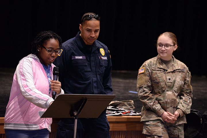 Sixth-Graders Complete D.A.R.E. Program